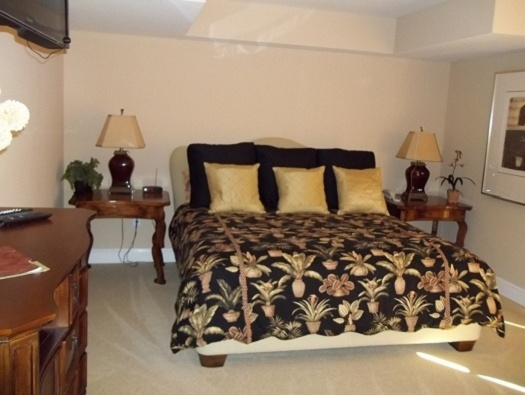 Three guest suites with wireless internet access